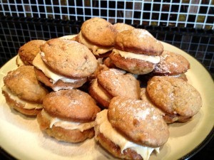 Banana and Cinnamon Whoopies