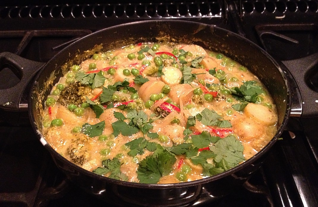 Pea, Broccoli and New Potato Curry